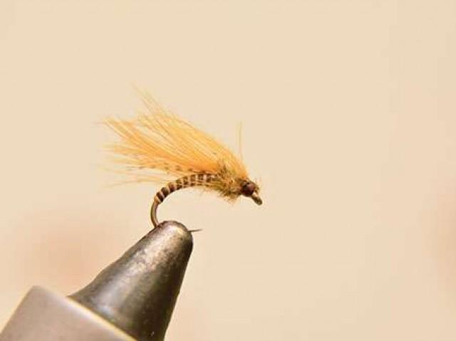 Нахлыстовая мушка эмеджер Mosquito CDC emerger